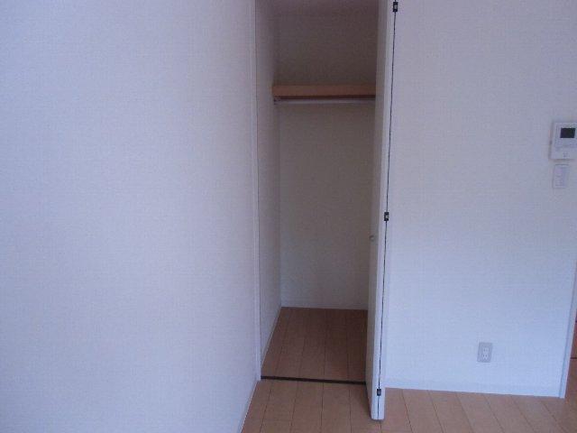 ルミエール 105号室の収納