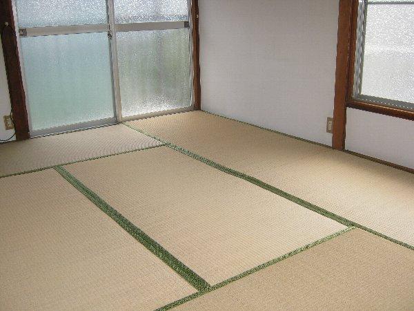 コーポ泉 201号室のベッドルーム