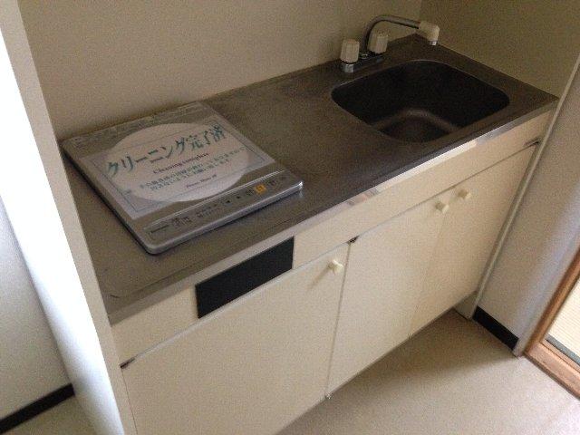 コーポイング 101号室のキッチン
