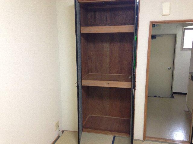 コーポイング 101号室の収納