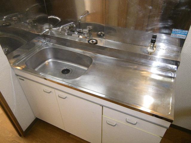 セグンド山星 402号室のキッチン
