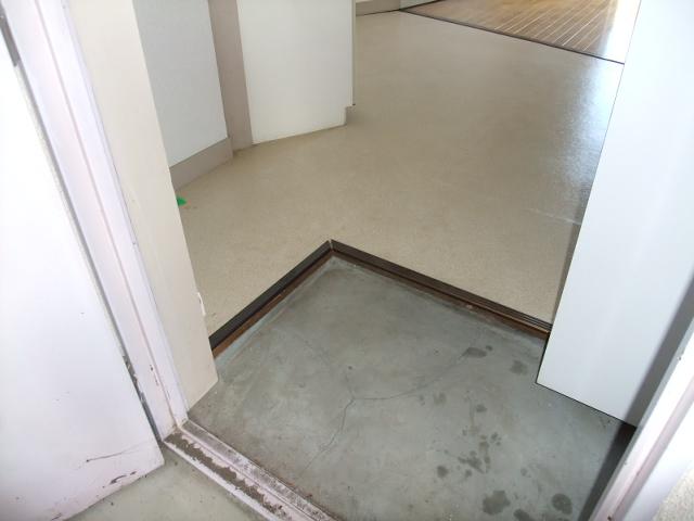アイカワハイツ D-3号室の玄関