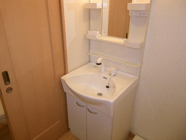 ラバーゼ 204号室の洗面所