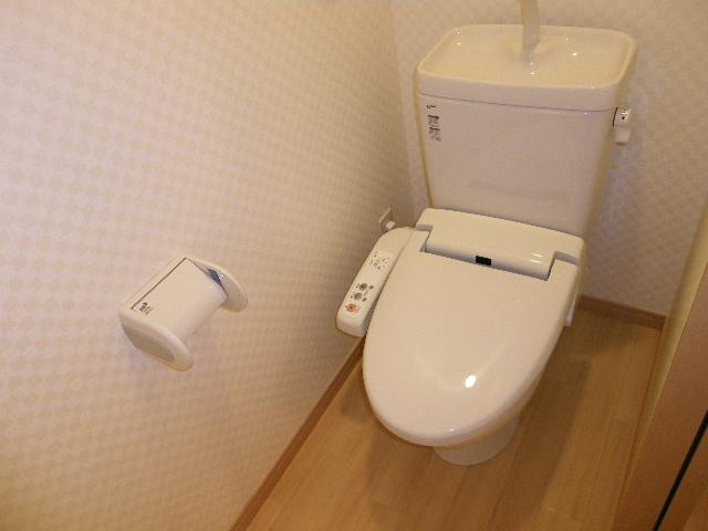 ラバーゼ 204号室のトイレ