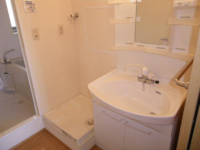 コスモハイムⅡ B 202号室の洗面所