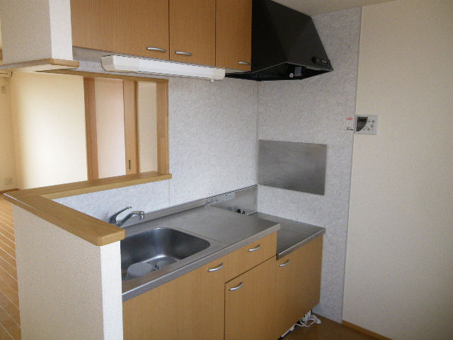 コスモハイムⅡ B 202号室のキッチン