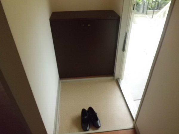 セジュール桜山 102号室の玄関