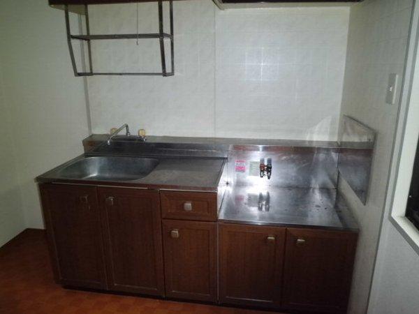 セジュール桜山 102号室のキッチン