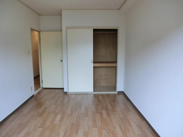 スターマンション 101号室の収納