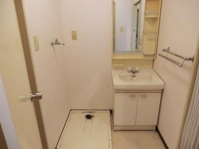 スターマンション 303号室の洗面所