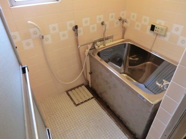 第2西形マンション 302号室の風呂