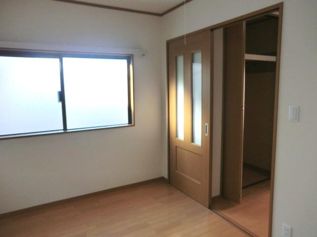 イースタンハイツ 107号室の居室