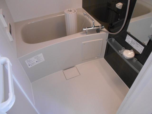 リヴィエール 206号室の風呂
