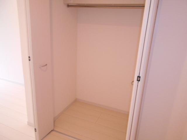 リブリ・イレブン 101号室の収納