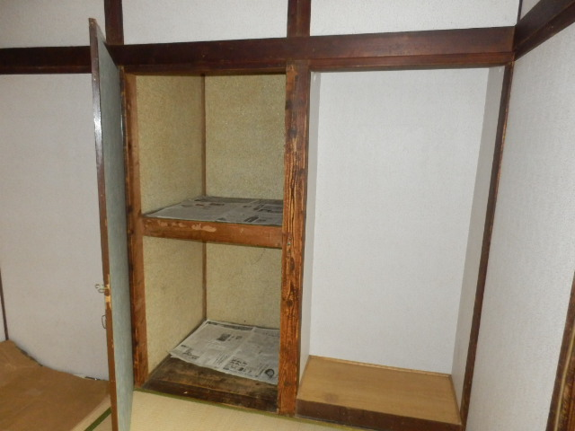 渡邊荘 6号室の収納