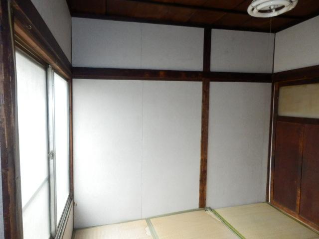渡邊荘 6号室のリビング