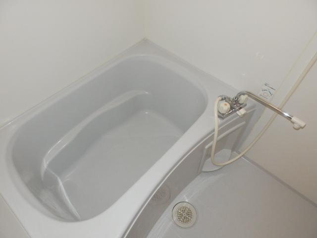 シェリエ下馬 102号室の風呂