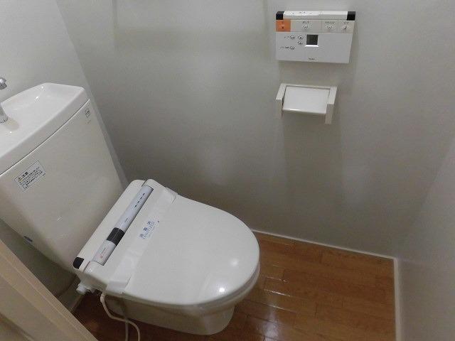 祐天寺コートハウス 203号室のトイレ