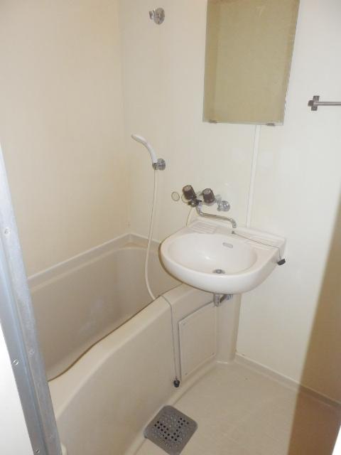 しゃんぶるいずみ 102号室の風呂