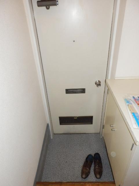 しゃんぶるいずみ 102号室の玄関
