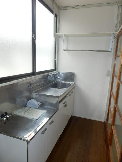 二光荘 211号室のキッチン
