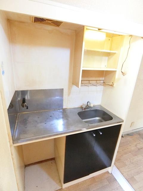 ウイング筥松 A105号室のキッチン