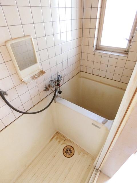 ウイング筥松 A105号室の風呂