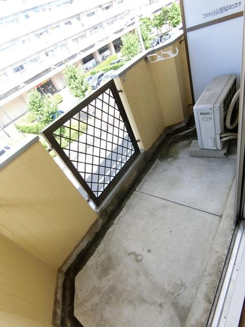 パールハイツ吉塚 301号室のバルコニー