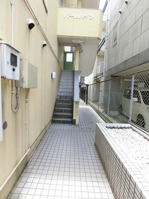 パールハイツ吉塚 301号室のエントランス
