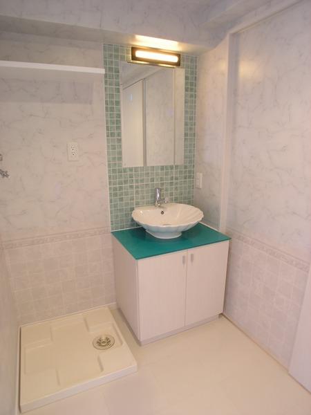 プライムアーバン博多東 1103号室の洗面所