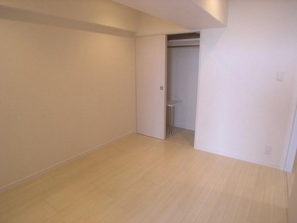 プライムアーバン博多東 1103号室の収納