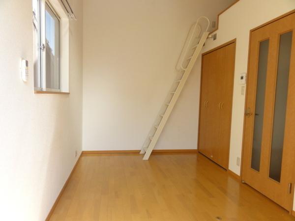 コンフォートベネフィス箱崎8 203号室の景色