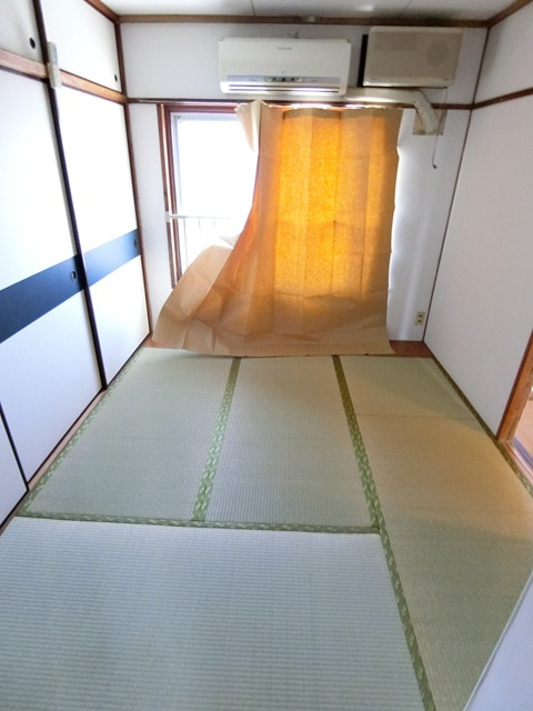 ビレッジハウス吉塚3号棟 105号室のリビング