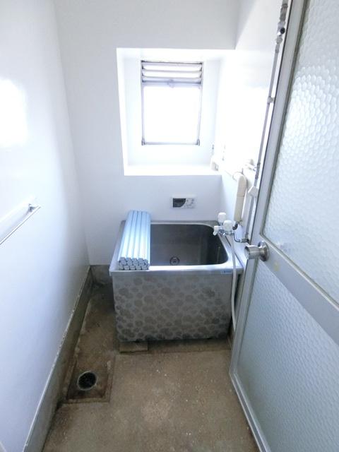 ビレッジハウス吉塚3号棟 105号室の風呂