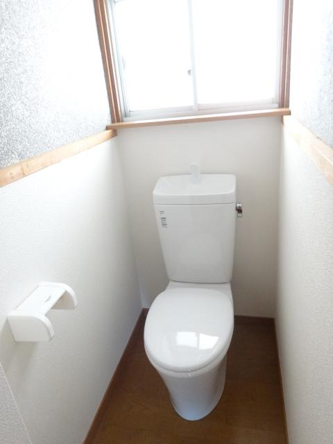 郷口荘 2号室のトイレ