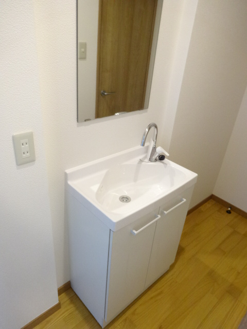 郷口荘 3号室の洗面所