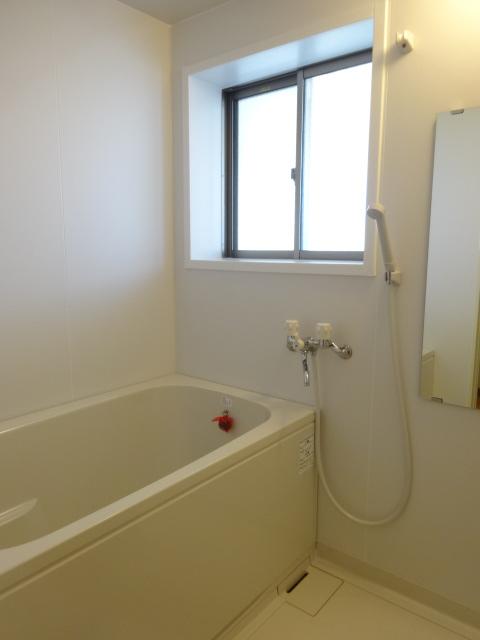 郷口荘 3号室の風呂