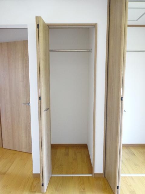 郷口荘 3号室の収納