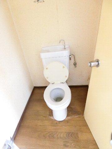 コーポ福開 101号室のトイレ