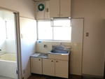 第2シャトル汐見 203号室のキッチン