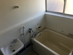 第2シャトル汐見 203号室の風呂