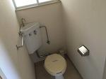 第2シャトル汐見 203号室のトイレ