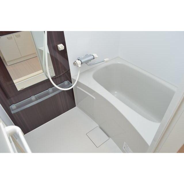 ウェルストン堅粕 201号室の風呂