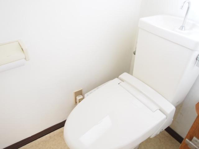 第二ゼネラルハイツ 101号室のトイレ