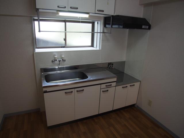 ヒルブライト 102号室のキッチン