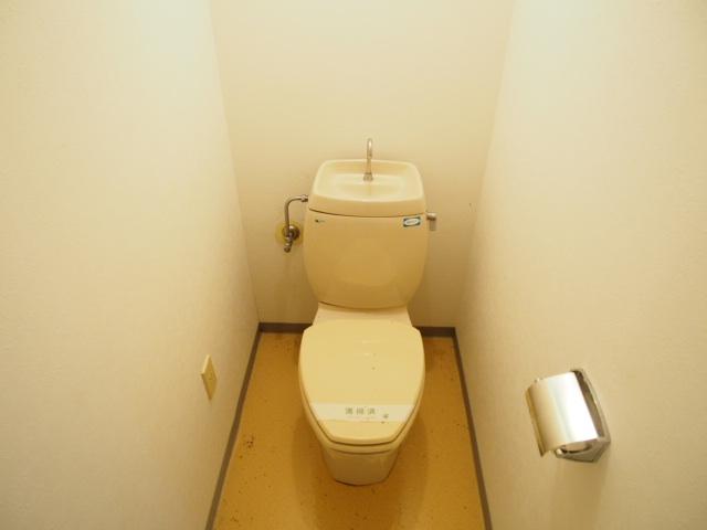 ヒルブライト 102号室のトイレ