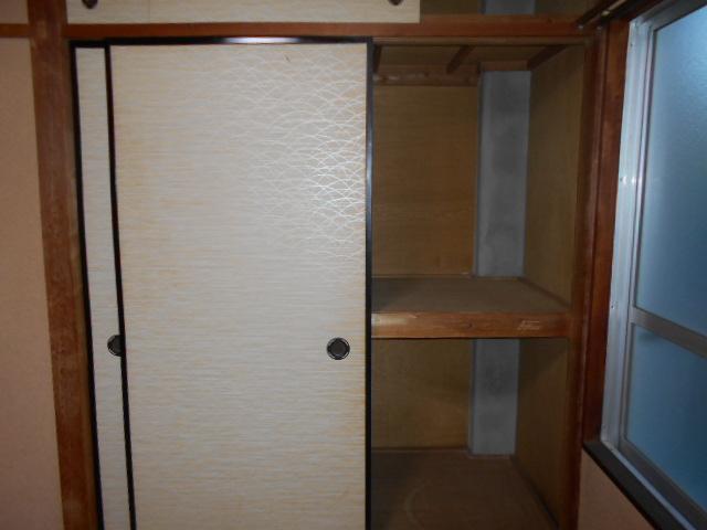 柳沼ハイツ 5号室の収納