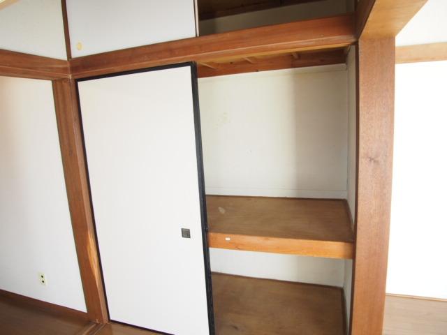 玉喜ハウス 202号室の収納