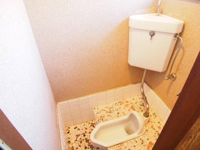 玉喜ハウス 202号室のトイレ
