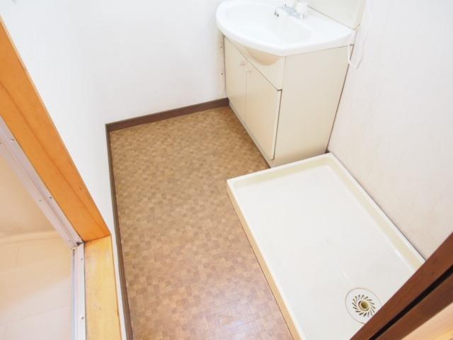 パールシティハイム 102号室の洗面所